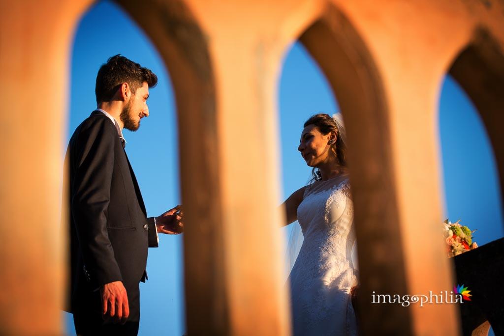 Gli sposi nel parco della Chiesa di Santa Maria Madre della Divina Grazia (convento suore francescane), Grottaferrata