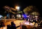 Veduta dell'esterno di Villa Pocci durante i balli al termine del ricevimento di matrimonio