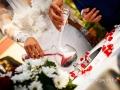 Rito della sabbia durante il matrimonio laico-umanista celebrato a La Collinetta Eventi di Vermicino (Roma)