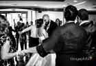 Primo ballo tra gli sposi durante il ricevimento di matrimonio al Ristorante da Benito al Bosco, Velletri / 1