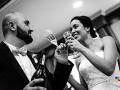 Brindisi tra gli sposi al termine del ricevimento di nozze da Benito al Bosco, Velletri