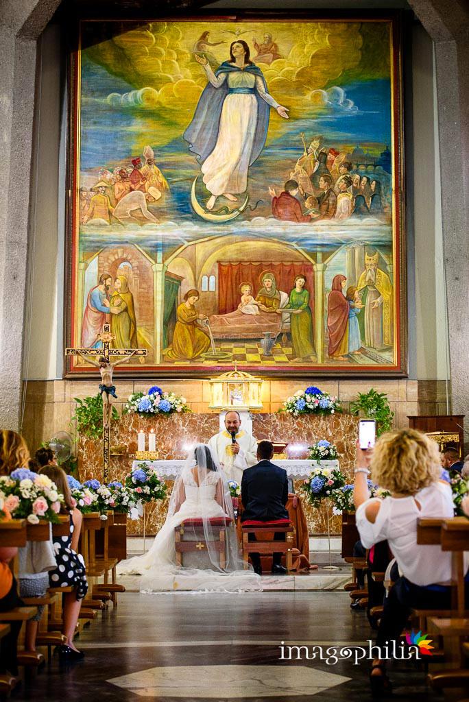 Veduta dal fondo della Chiesa della Natività della Beata Vergine Maria a Santa Maria delle Mole / 2