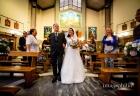 Ingresso della sposa accompagnata dal padre nella Chiesa della Natività della Beata Vergine Maria a Santa Maria delle Mole