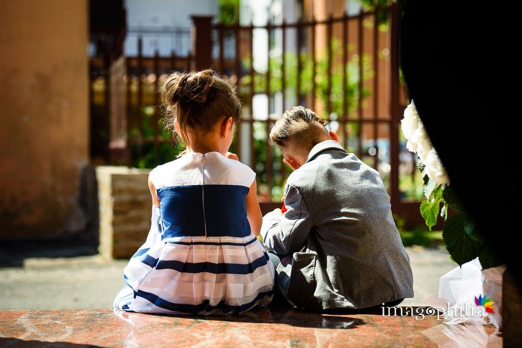 Una giovane coppia…