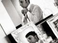 Preparazione dello sposo… agli specchi
