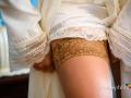 Dettaglio delle calza della sposa