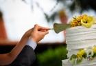 Det-taglio della torta nuziale ai Casali Margherita a Roma