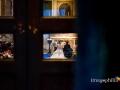 Gli sposi visti dal fondo della Chiesa di San Pietro in Montorio a Roma