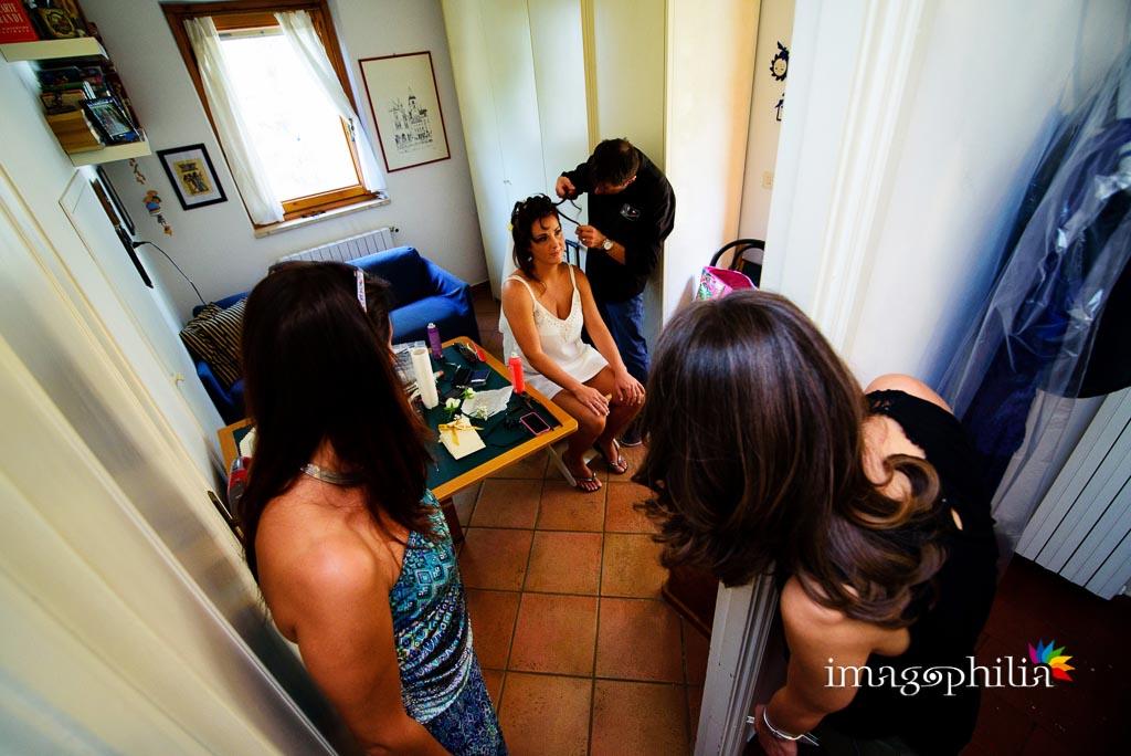 Preparazione acconciatura della sposa a Monte Porzio Catone