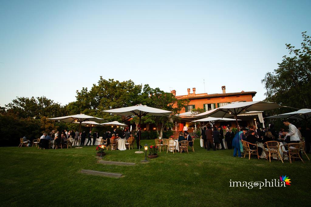 Aperitivo durante il ricevimento di nozze a Villa Senni, Grottaferrata