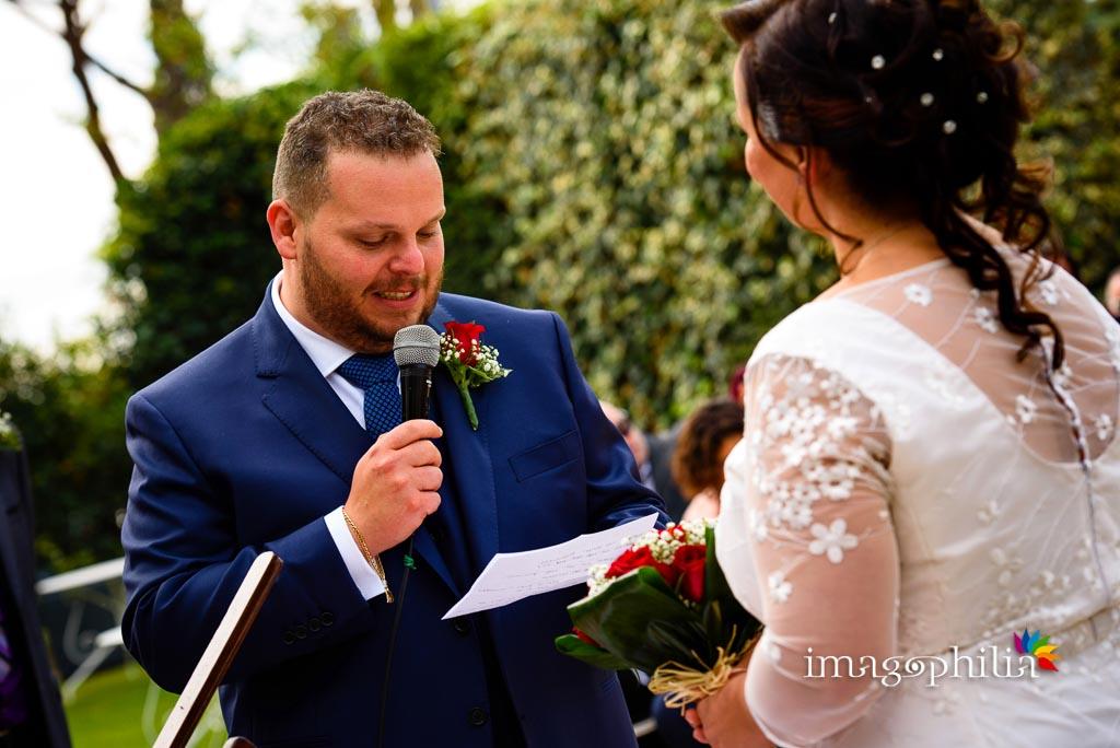 La promessa dello sposo durante il matrimonio al New Green Hill di Roma