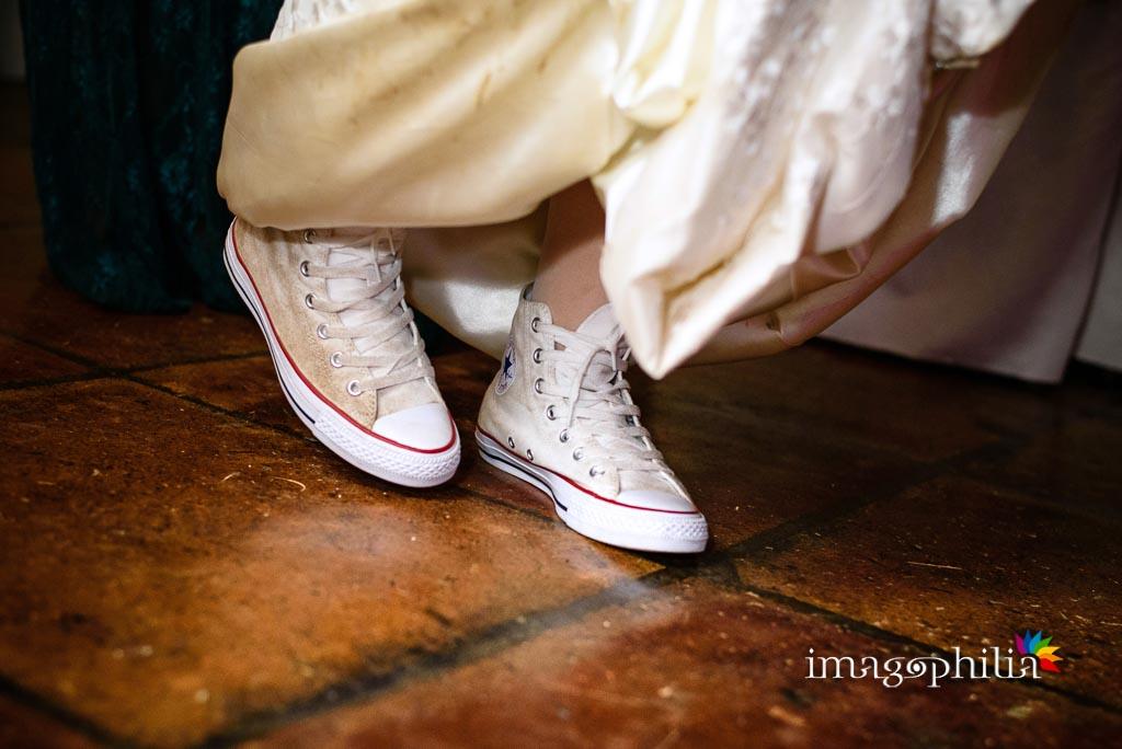 Le immancabili Converse durante i balli al ricevimento di matrimonio presso il New Green Hill di Roma