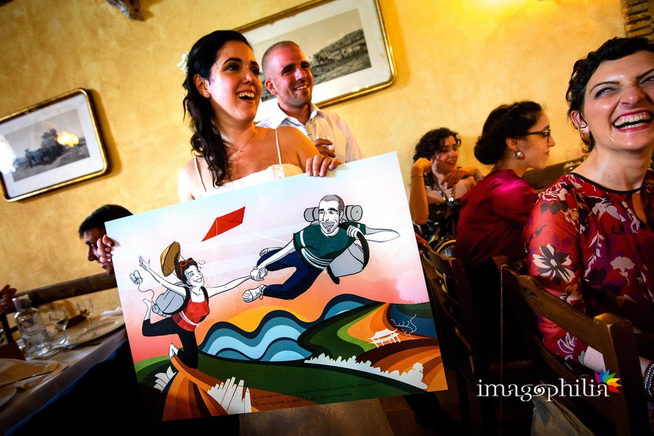 Regalo in tema viaggi esplorativi durante il ricevimento di matrimonio al Borghetto d'Arci (agriturismo a Passo Cor