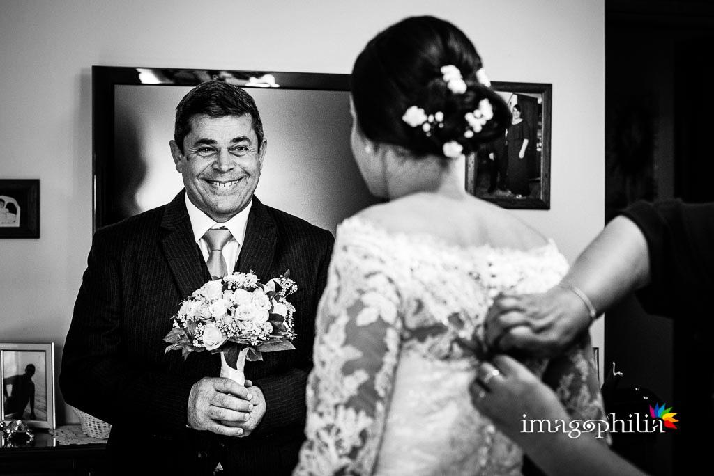 Sguardo del papà della sposa