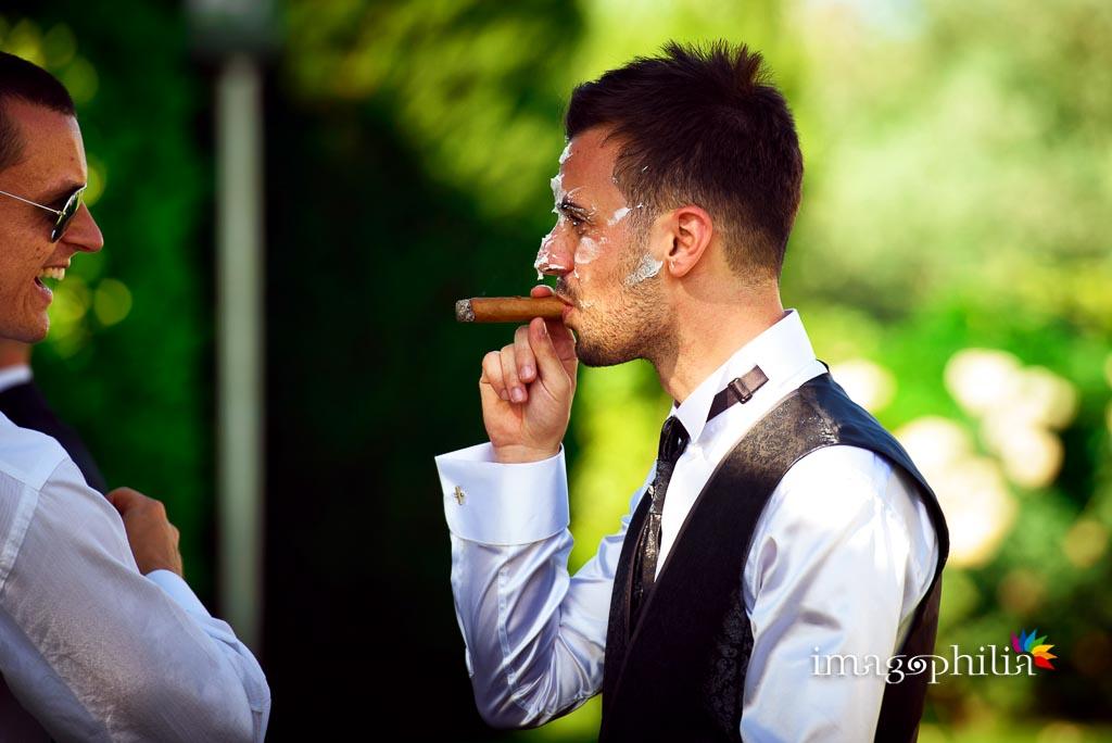 """Lo sposo """"intortato"""" alla fine del ricevimento di nozze alla Casina di Poggio della Rota"""