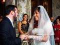 Scambio degli anelli durante il matrimonio civile a Palazzo Chigi ad Ariccia