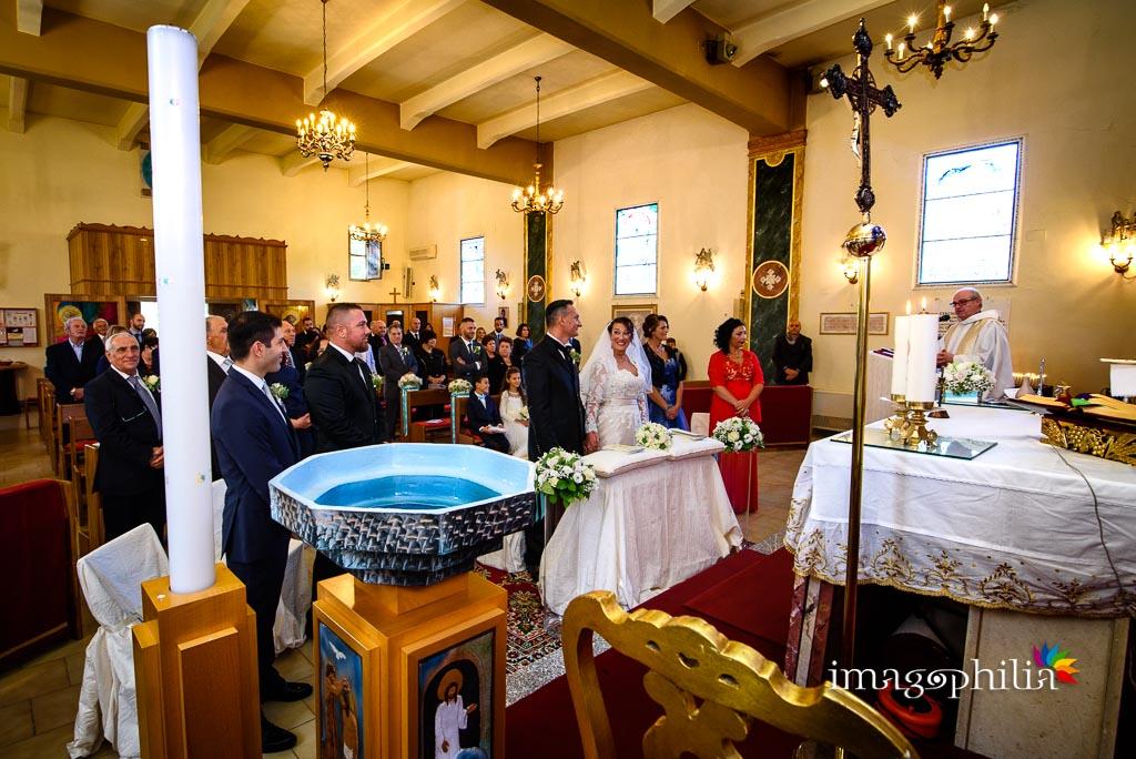 Inizio della celebrazione del matrimonio nella Chiesa Aeroportuale di Guidonia Santa Maria di Loreto