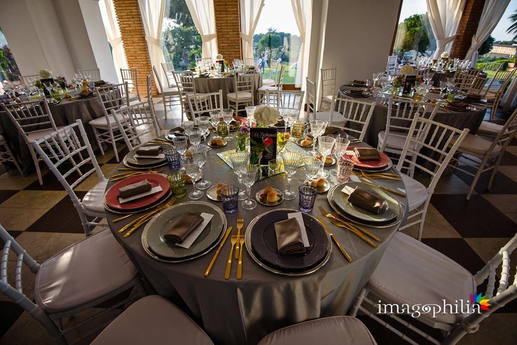 Allestimenti al ricevimento di matrimonio al Borgo della Cartiera Pontificia curati da Magnolia Eventi