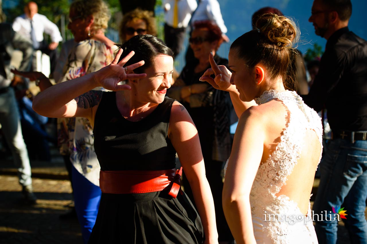 Balli scatenati durante il ricevimento di matrimonio a Villa Pocci (Marino) / 2